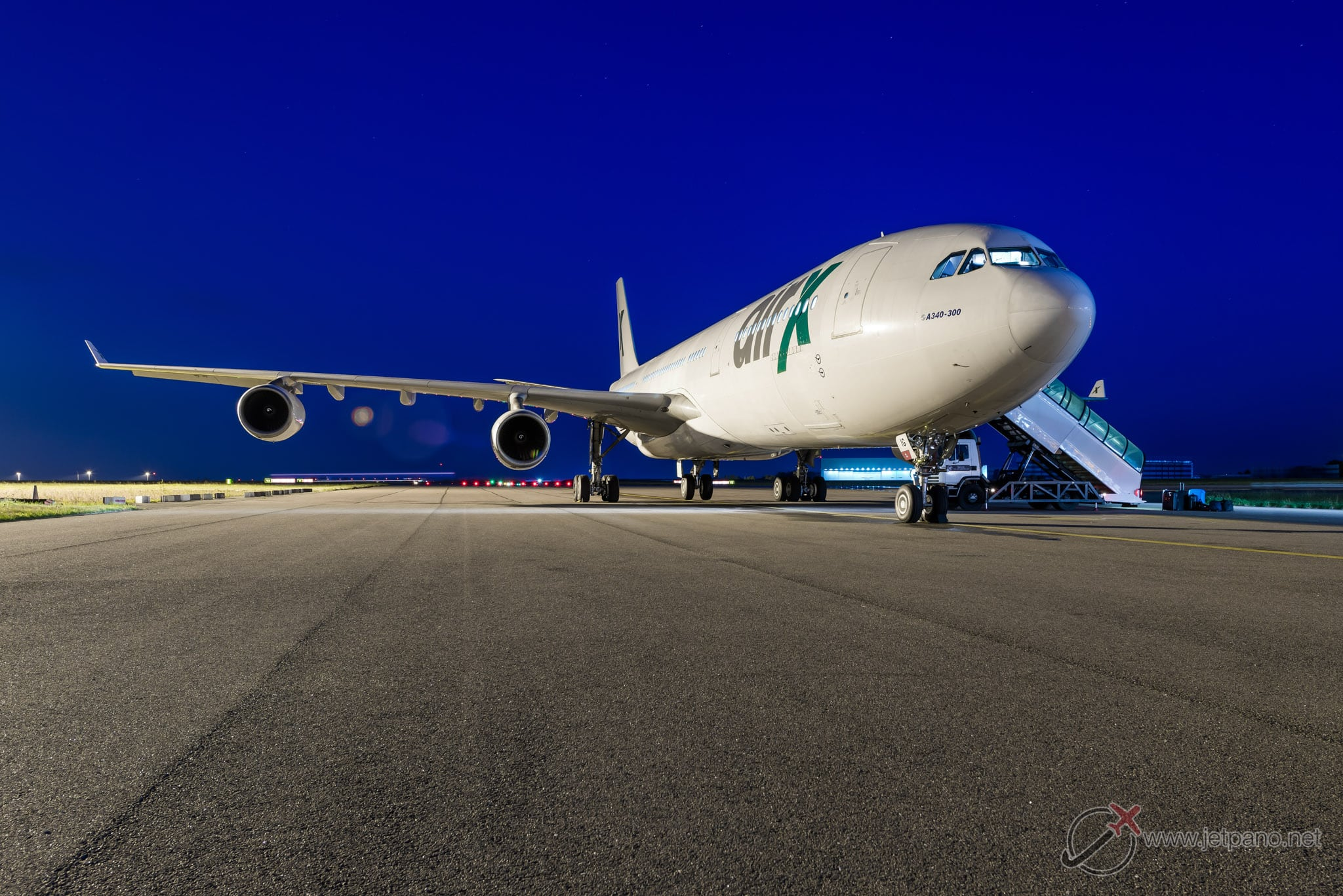 Airbus A340-300 VIP